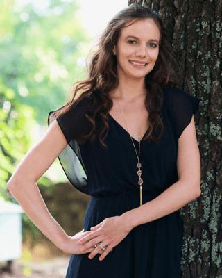 Dr. Sarah Neubauer